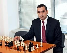 Kenan_Velikhanov