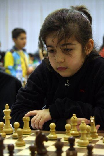 Duru Okuyaz ve Sude Hereklioğlu çok küçük yaşlarda sistemimizin keşfettiği, 2012 yılına kadar mükemmele yakın yetiştirilen sporculardı